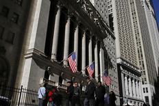 La Bourse de New York a fini en légère baisse jeudi. Le Dow Jones a cédé 0,02%, le S&P-500 a abandonné 0,11% et le Nasdaq Composite a reculé de son côté de 0,07%. /Photo d'archives/REUTERS/Joshua Lott