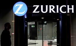 Zurich Insurance n'a aucun projet d'augmentation de capital dans l'immédiat, a déclaré lundi un porte-parole du groupe en démentant ainsi une information de la presse italienne. /Photo d'archives/REUTERS/Thomas Hodel