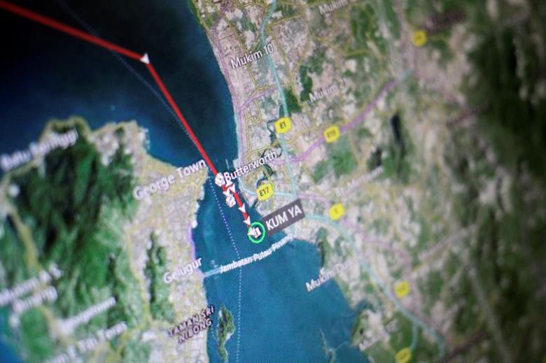 An Eikon ship-tracking screen shows the position of the North Korean ship Kum Ya off Penang March 29, 2017.   REUTERS/Thomas White/Illustration