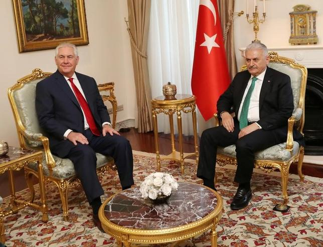 Turkish Prime Minister Binali Yildirim meets with U.S. Secretary of State Rex Tillerson in Ankara, Turkey March 30, 2017. Hakan Goktepe/Prime Minister's Press Office/Handout via REUTERS