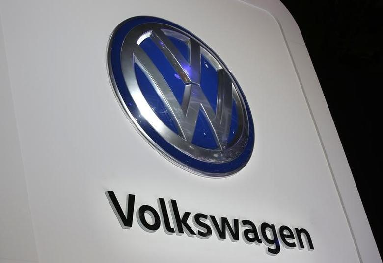 The Volkswagen logo is seen at the company's display during the North American International Auto Show in Detroit, Michigan, U.S., January 10, 2017.  REUTERS/Mark Blinch - RTX2YD3J