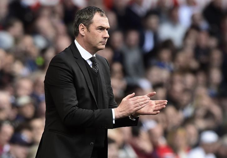 Britain Football Soccer - Swansea City v Middlesbrough - Premier League - Liberty Stadium - 2/4/17 Swansea City manager Paul Clement  Reuters / Rebecca Naden Livepic