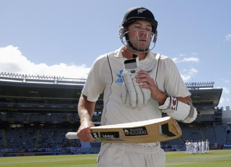 FILE PHOTO: Peter Fulton of New Zealand leaves the field caught out for 106 runs after scoring his second century in this match against England on day four of their final cricket test at Eden Park in Auckland, March 25, 2013.   REUTERS/Nigel Marple/Files