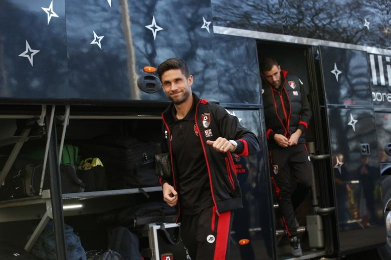 Britain Football Soccer - Hull City v AFC Bournemouth - Premier League - The Kingston Communications Stadium - 14/1/17 Bournemouth's Andrew Surman arrives before the match  Action Images via Reuters / Craig Brough Livepic