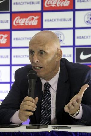 FILE PHOTO: Indian coach Stephen Constantine talks to reporters after their World Cup qualifying soccer match against Guam in Bengaluru November 12, 2015. REUTERS/Robin Paxton/Files