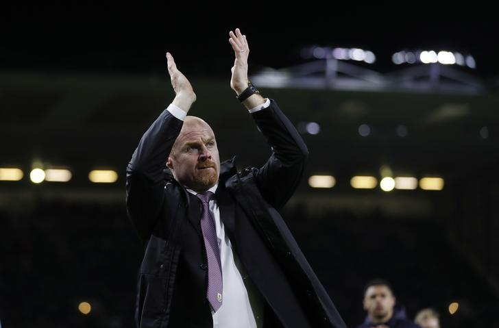 Britain Football Soccer - Burnley v Stoke City - Premier League - Turf Moor - 4/4/17 Burnley manager Sean Dyche applauds fans after the match  Action Images via Reuters / Carl Recine Livepic