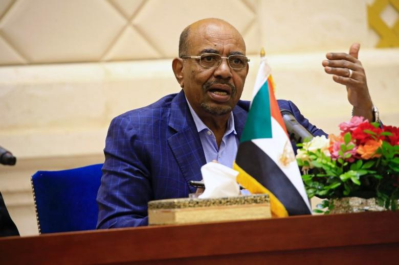 FILE PICTURE: Sudan's President Omar Hassan al-Bashir speaks during a press conference after the oath of the prime minister and first vice president Bakri Hassan Saleh at the palace in Khartoum, Sudan March 2, 2017. REUTERS/Mohamed Nureldin Abdallah