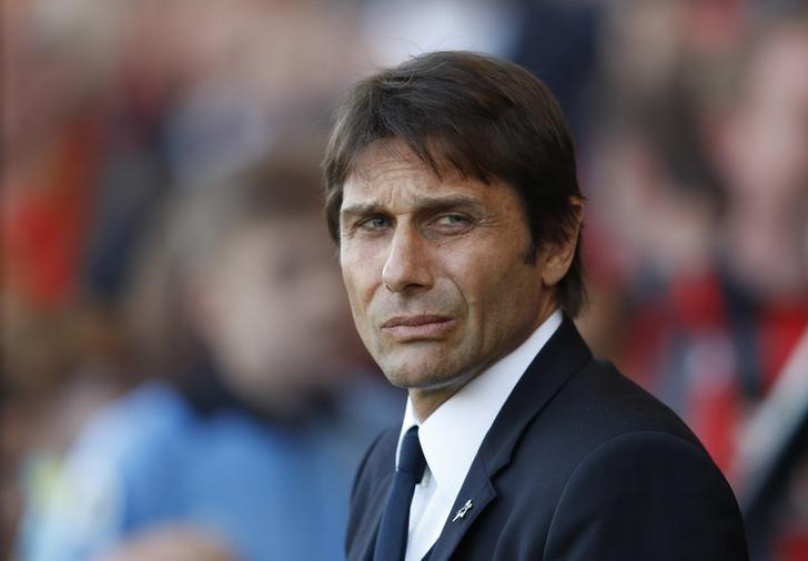 Britain Football Soccer - AFC Bournemouth v Chelsea - Premier League - Vitality Stadium - 8/4/17 Chelsea manager Antonio Conte  Reuters / Peter Nicholls Livepic