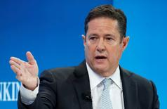 FILE PHOTO: Jes Staley, CEO of Barclays bank, attends the World Economic Forum (WEF) annual meeting in Davos, Switzerland January 20, 2017.  REUTERS/Ruben Sprich/File Photo