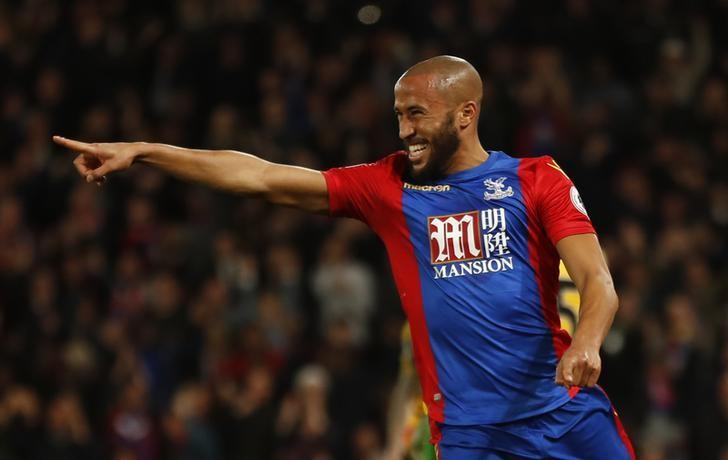 Britain Football Soccer - Crystal Palace v Arsenal - Premier League - Selhurst Park - 10/4/17 Crystal Palace's Andros Townsend celebrates scoring their first goal  Reuters / Stefan Wermuth