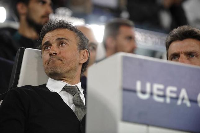 4月12日、サッカーのスペイン1部、バルセロナのルイスエンリケ監督は、11日の欧州CL準々決勝第1戦でユベントスに敵地で0─3と敗れ、パリ・サンジェルマン戦に続く奇跡を起こすのは難しいと悲観した。トリノで11日撮影(2017年 ロイター)