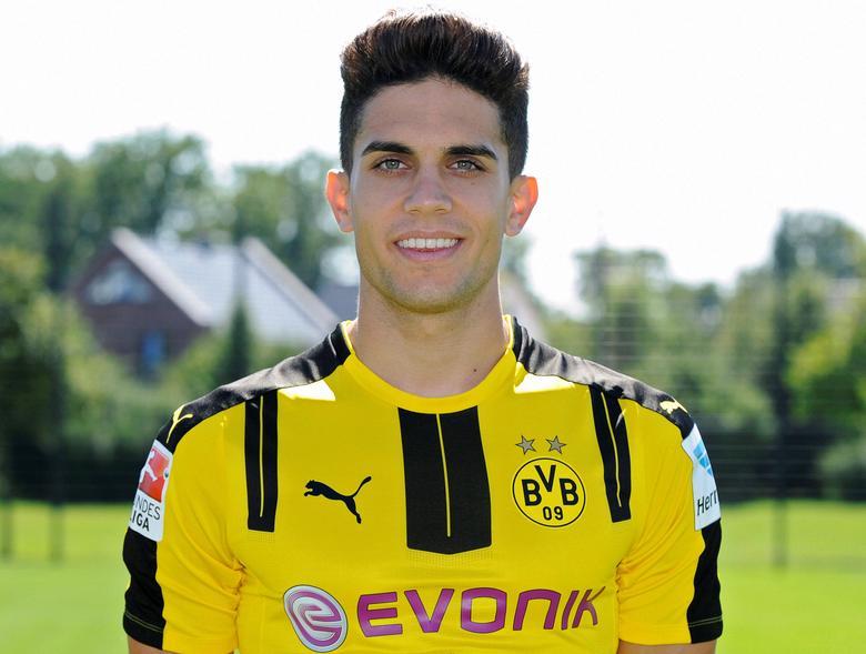 FILE PHOTO - Football Soccer - Borussia Dortmund - German Bundesliga - Signal Iduna Park - Dortmund, Germany - 17/08/16. Borussia Dortmund's Marc Bartra. REUTERS/Ralph Orlowski/Files