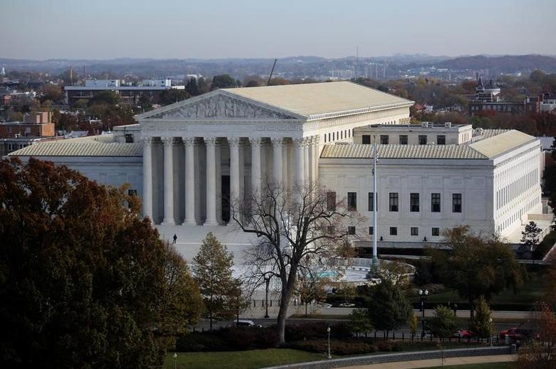A general view of the U.S. Supreme Court building in Washington, U.S., November 15, 2016. REUTERS/Carlos Barria - RTX2TTHN