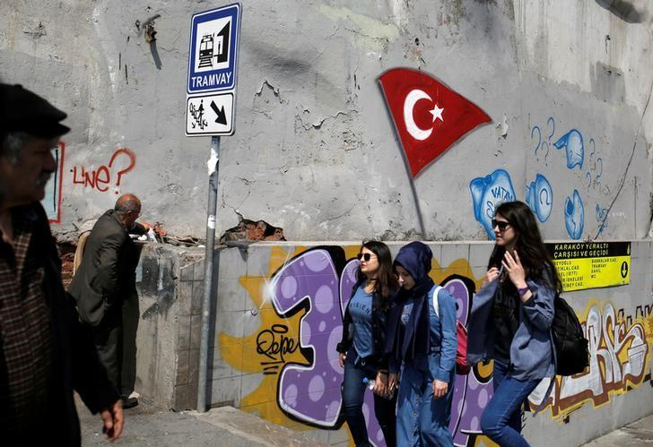 People make their way near an underground passage in Karakoy district in Istanbul, Turkey, April 17, 2017. REUTERS/Alkis Konstantinidis
