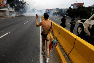 Stripped down protest in Venezuela