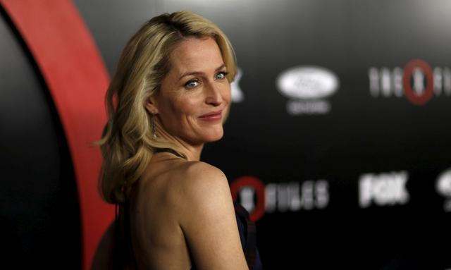 FILE PHOTO:  Cast member Gillian Anderson poses at a premiere for ''The X-Files'' at California Science Center in Los Angeles, California, U.S. on January 12, 2016.   REUTERS/Mario Anzuoni/File Photo