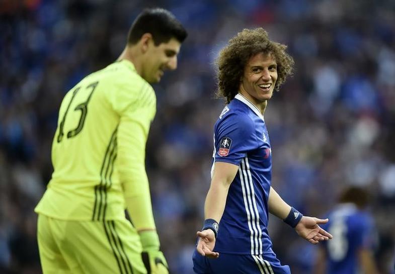 Chelsea edge Tottenham in thrilling Cup semi
