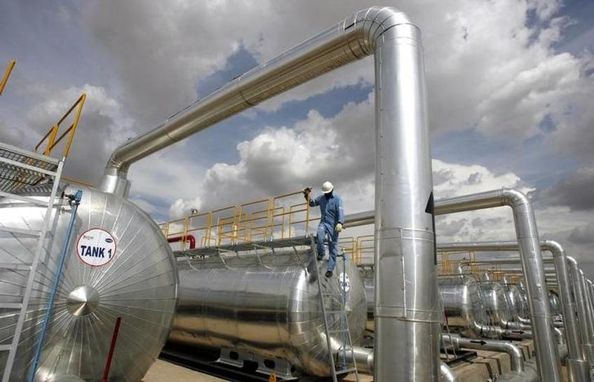 India's March oil, gas output rise
