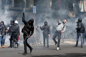 French youths protest election results