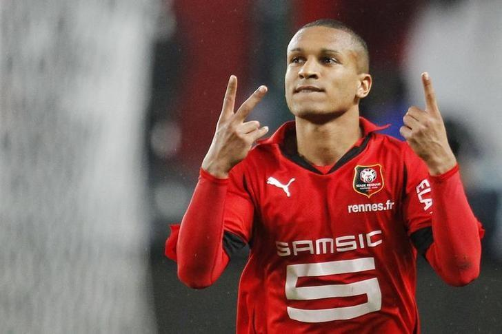 Stade Rennes' Sylvain Marveaux celebrates after scoring during their French Ligue 1 soccer match against Toulouse at the Route de Lorient stadium in Rennes October 3, 2010. REUTERS/Stephane Mahe/Files