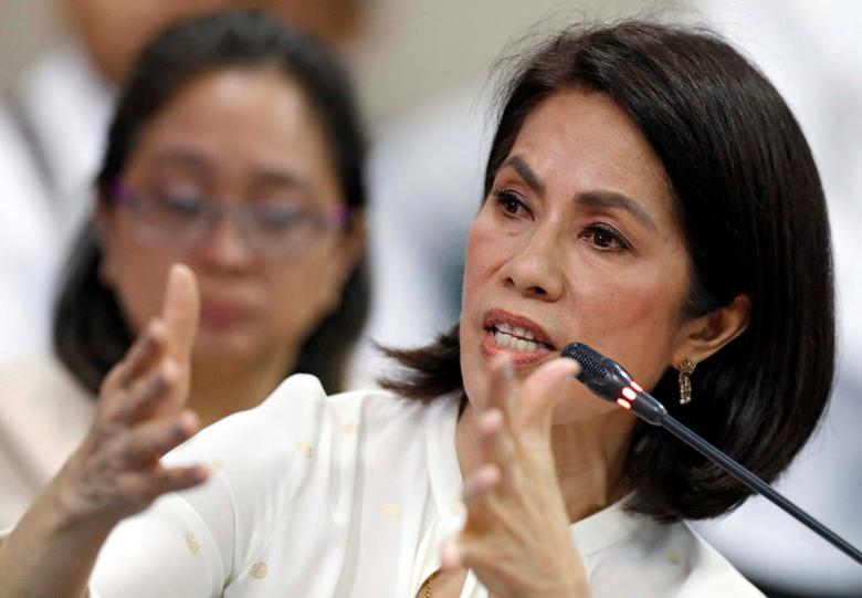 Philippine Environment Secretary Regina Lopez speaks during her Congressional confirmation hearing at Senate in Manila, Philippines May 2, 2017.  REUTERS/Erik De Castro