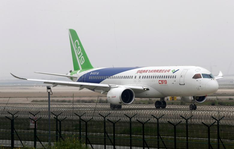 The first C919 passenger jet made by the Commercial Aircraft Corporation of China (COMAC) is seen during a test in Shanghai, China April 16, 2017. Picture taken April 16, 2017. REUTERS/Stringer    ATTENTION EDITORS - THIS IMAGE WAS PROVIDED BY A THIRD PARTY. EDITORIAL USE ONLY. CHINA OUT. NO COMMERCIAL OR EDITORIAL SALES IN CHINA.
