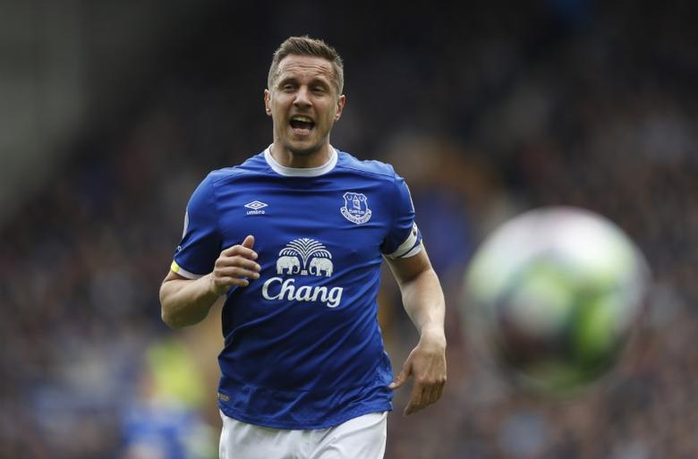 Britain Football Soccer - Everton v Chelsea - Premier League - Goodison Park - 30/4/17 Everton's Phil Jagielka  Action Images via Reuters / Carl Recine Livepic