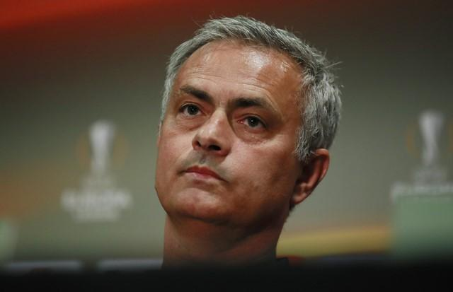 Britain Football Soccer - Manchester United Press Conference - Old Trafford, Manchester, England - 10/5/17 Manchester United manager Jose Mourinho during the press conference Action Images via Reuters / Jason Cairnduff Livepic