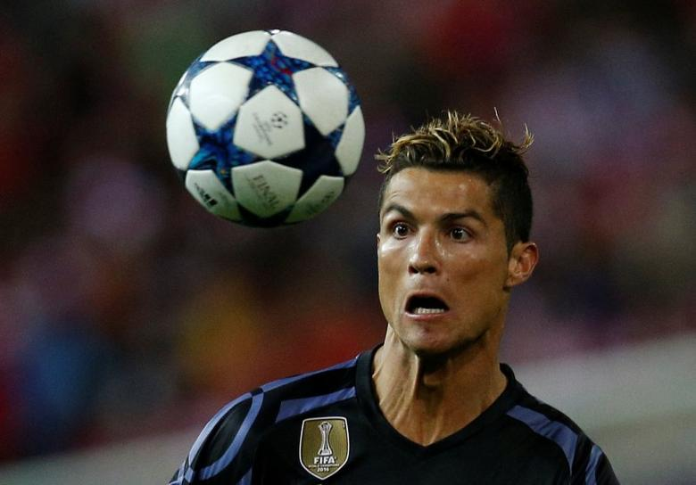 Football Soccer - Atletico Madrid v Real Madrid - UEFA Champions League Semi Final Second Leg - Vicente Calderon Stadium, Madrid, Spain - 10/5/17 Real Madrid's Cristiano Ronaldo in action Reuters / Juan Medina Livepic