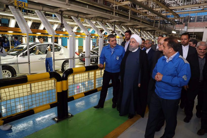 Absent from America, French cars drive into Iran election