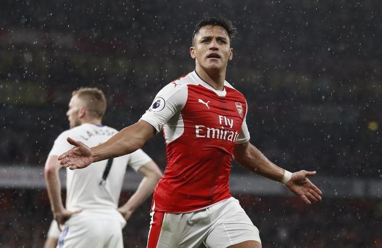 Britain Football Soccer - Arsenal v Sunderland - Premier League - Emirates Stadium - 16/5/17 Arsenal's Alexis Sanchez celebrates scoring their second goal Reuters / Stefan Wermuth Livepic