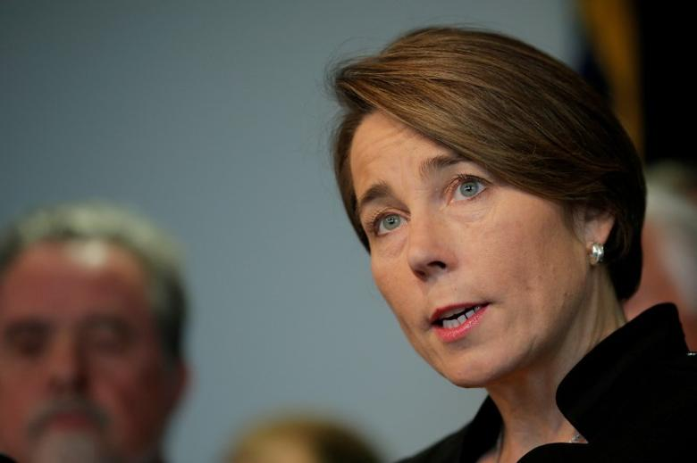 FILE PHOTO: Massachusetts Attorney General Maura Healey speaks during news conference in Boston, Massachusetts, U.S., January 31, 2017.   REUTERS/Brian Snyder/File Photo