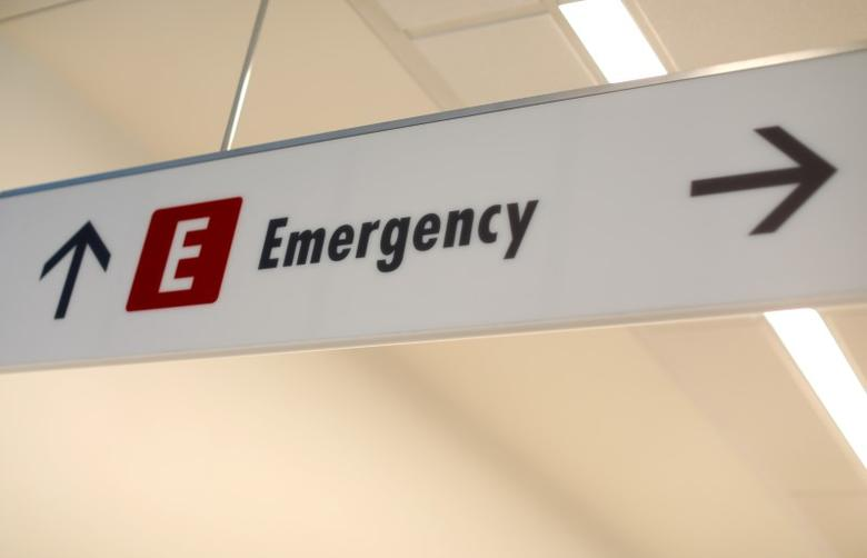 An emergency sign directs patients and staff to the emergency room at the newly constructed Kaiser Permanente San Diego Medical Center in San Diego, California , U.S., April 17, 2017.  REUTERS/Mike Blake