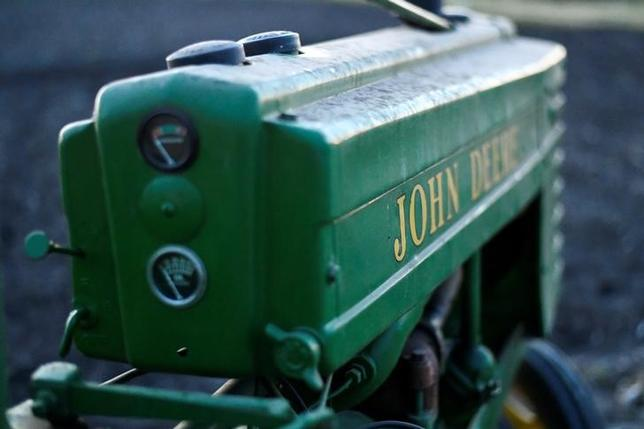 FILE PHOTO: A 1941 Model H John Deere tractor is photographed at a farm in Hutto, Texas, U.S., February 16, 2017. Picture taken February 16, 2017. REUTERS/Mohammad Khursheed/File Photo