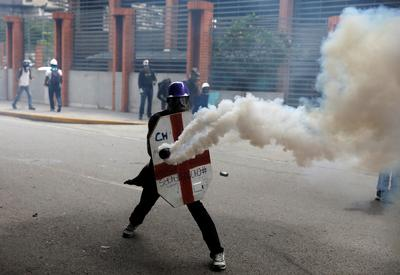 Clashes in Caracas