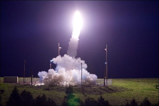 A Terminal High Altitude Area Defense (THAAD) interceptor is launched from the Pacific Spaceport Complex Alaska during Flight Test THAAD (FTT)-18 in Kodiak, Alaska, July 11, 2017. Leah Garton/Missile Defense Agency/Handout via REUTERS