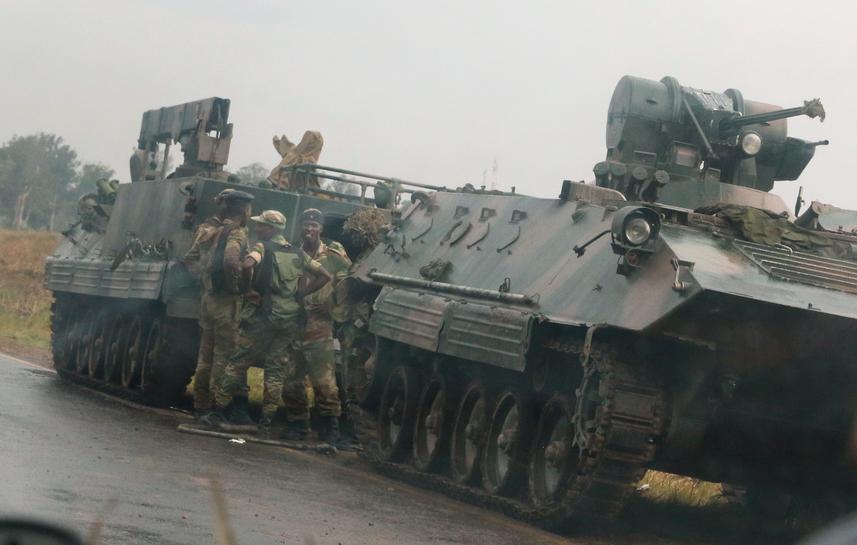 Zimbabwe army says takes power, Mugabe