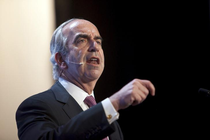 John Hess, CEO of the Hess Corporation, speaks during the IHS CERAWeek 2015 energy conference in Houston, Texas April 21, 2015.  Daniel Kramer