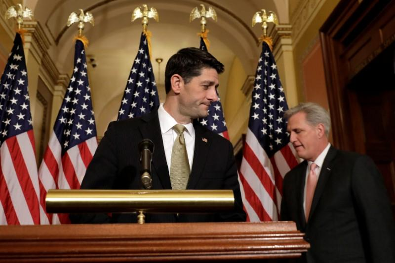House Speaker Paul Ryan (R-WI) and House Majority Leader Kevin McCarthy (R-CA) (R) arrive at a news conference with Republican leaders on Capitol Hill in Washington, U.S., January 18, 2018. Yuri Gripas