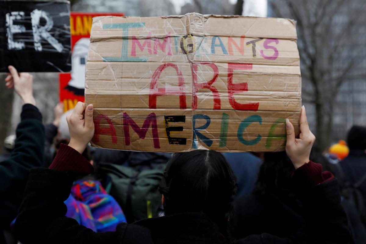 U.S. Supreme Court rejects Trump over 'Dreamers' immigrants