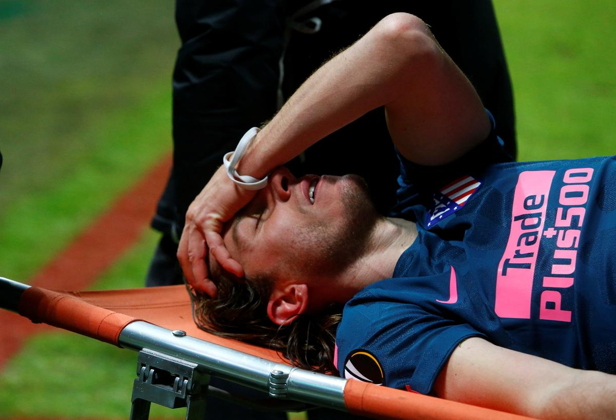 Soccer: Filipe Luis likely to miss World Cup after breaking leg