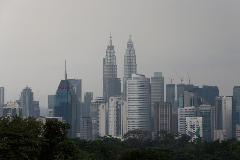 #Malaysia proposes jail for up to 10 years, fines for #FakeNews
