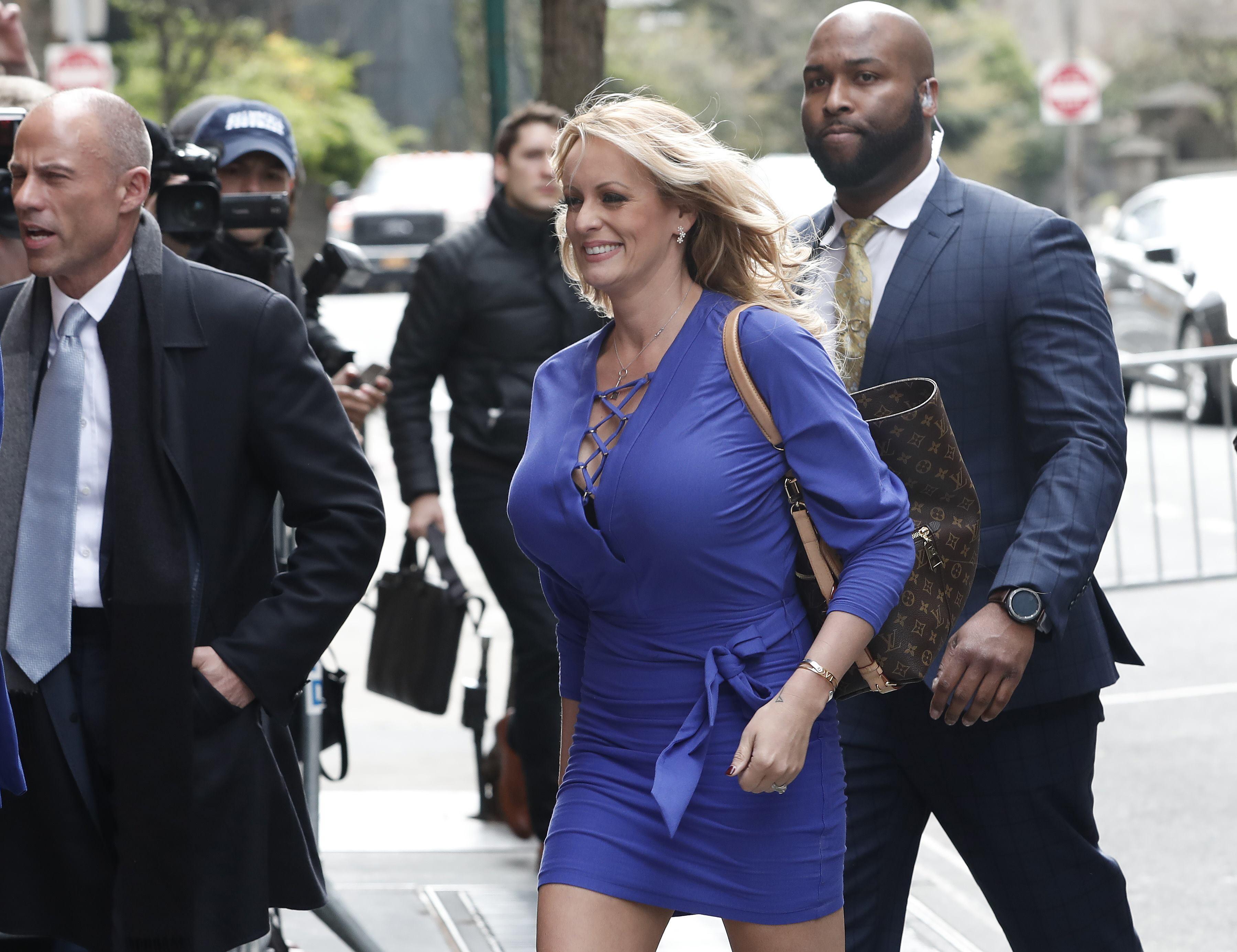 白宫说特朗普最初并不知道他的律师付了色情明星