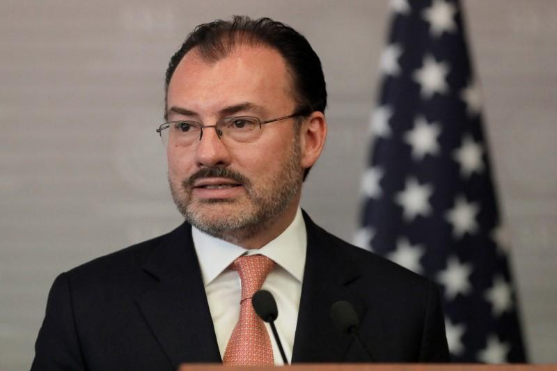 Mexico's Foreign Minister Luis Videgaray delivers a joint message with U.S. Homeland Security Secretary Kirstjen Nielsen in Mexico City, Mexico March 26, 2018. Henry Romero