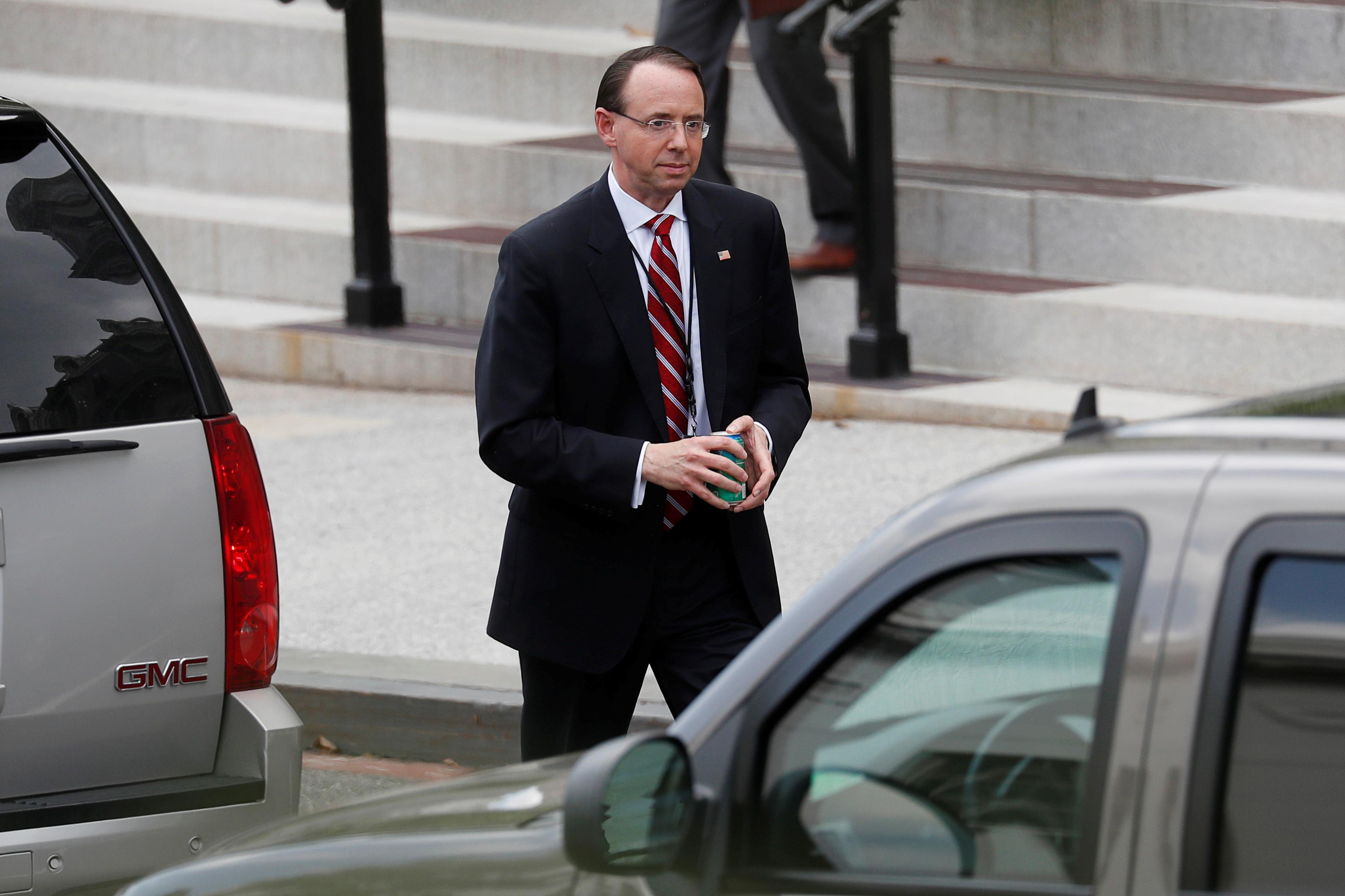U.S. Deputy Attorney General Rod Rosenstein departs the West Wing of the White House after a meeting on FBI investigations into the 2016 Trump presidential campaign with U.S. President Donald Trump at the White House in Washington, U.S., May 21, 2018. Leah Millis