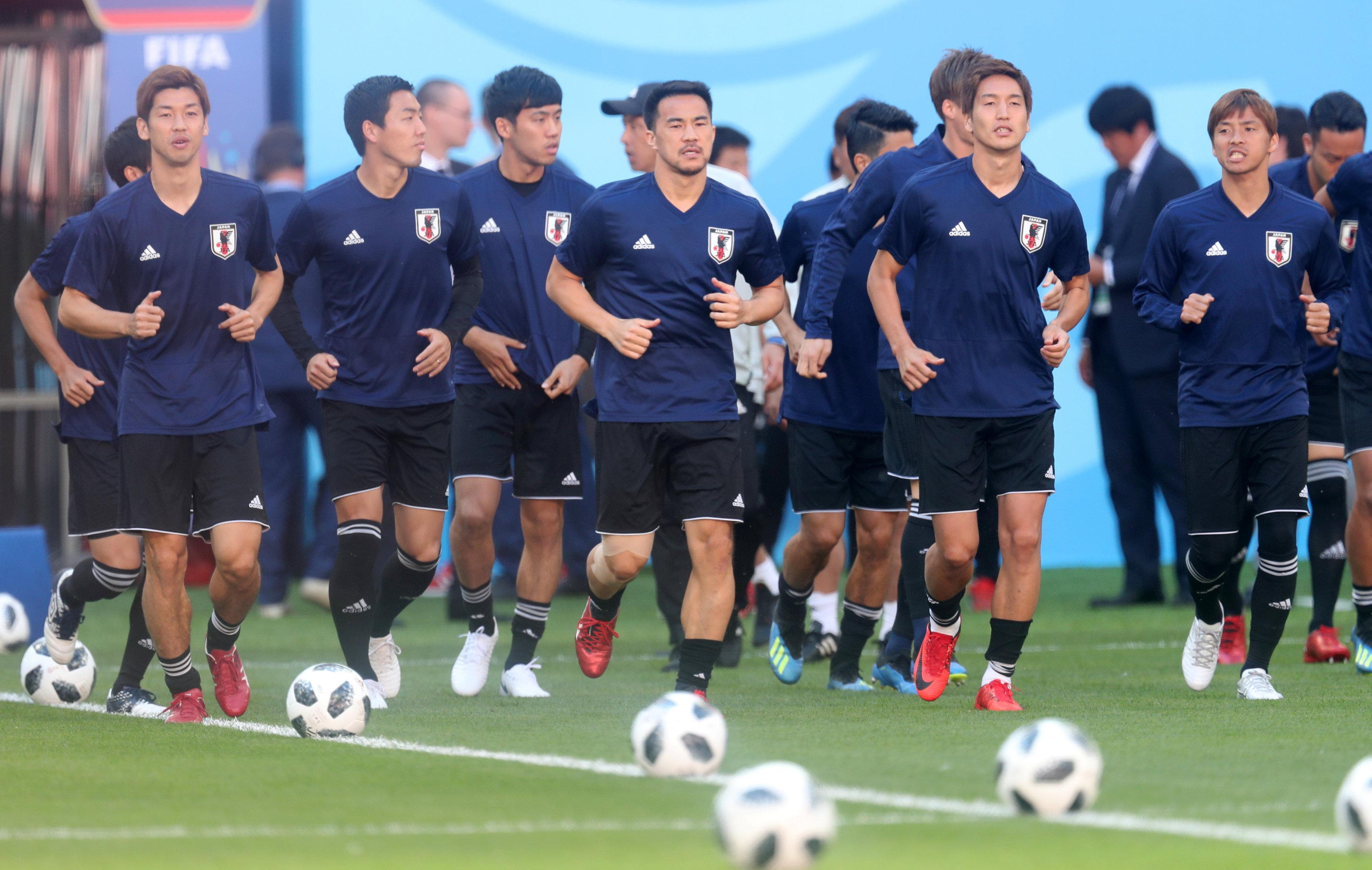Soccer Football - World Cup - Japan Training - Mordovia Arena, Saransk, Russia - June 18, 2018   Japan's Shinji Okazaki with team mates during training   Ricardo Moraes