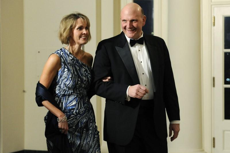 Steve Ballmer of Microsoft arrives with his wife Connie for the state dinner hosted by U.S. President Barack Obama and first lady Michelle Obama for President of China Hu Jintao at the White House in Washington, January 19, 2011.   Jonathan Ernst