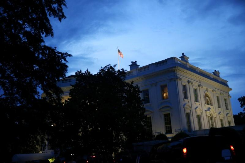 The White House in the evening, in Washington, U.S., May 22, 2018. Al Drago