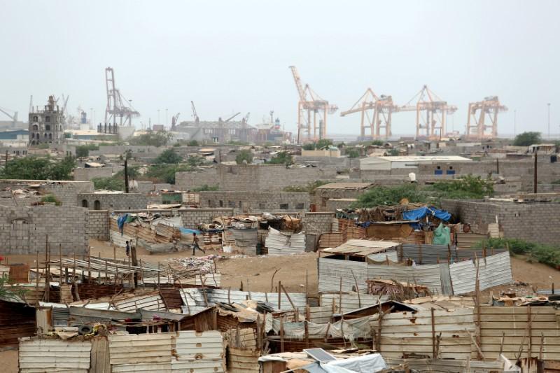 Saudi-led coalition faces stalemate in Yemen's main port city