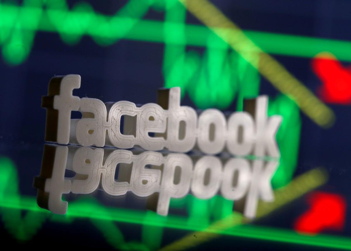 Facebook, Google tools reveal new political ad tactics